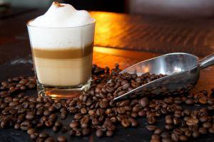 caffe-014699832B-A05E-E6A1-FA06-91D70D4C7B04.jpg